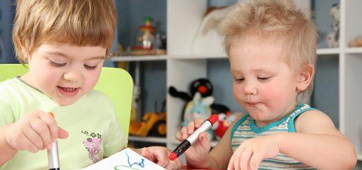 Оформление совместной детской комнаты для мальчика и девочки